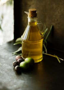 jar of natural olive oil